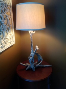 Lamp, twisted wood